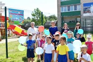 Россоны, открытие детской поликлиники, игровая площадка, памятник